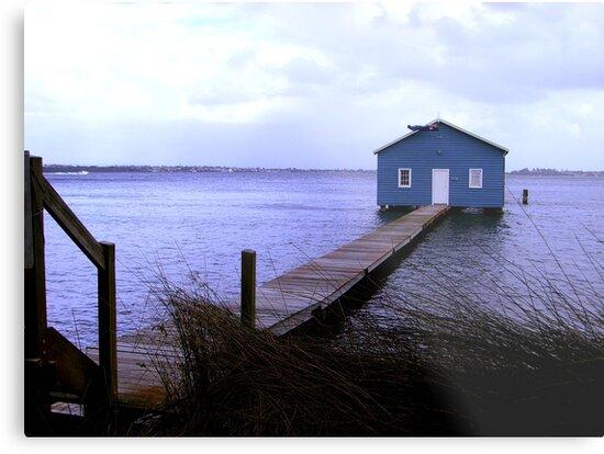 The blue boat hut by Gozza