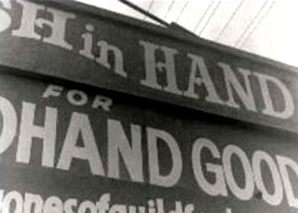 Second hand store by Gozza