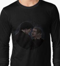 Sherlock and John rain Long Sleeve T-Shirt