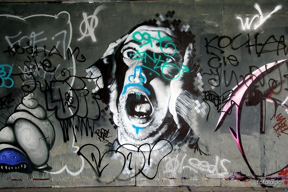 Scream by fotologic