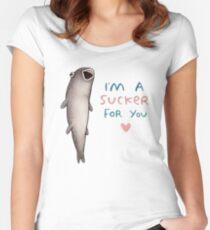 Suckerfish Women's Fitted Scoop T-Shirt