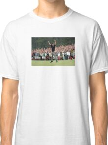 Phil Mickelson's 18th Hole Birdie Putt at Augusta for the Master's Win Classic T-Shirt