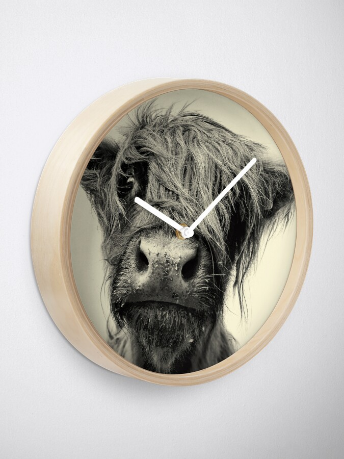 Alternate view of Highland Cow Clock
