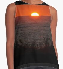 On the edge of the world Contrast Tank