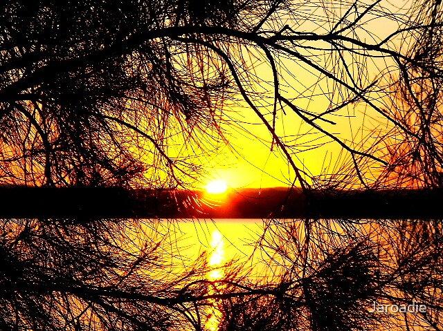 Sunset Frame by Jaroadie