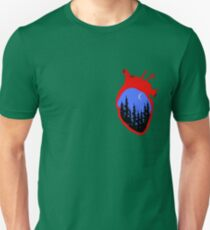 A realistic heart with night scenery inside, vector illustration Unisex T-Shirt