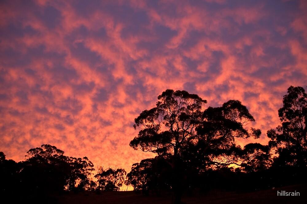 Fire in the sky by hillsrain