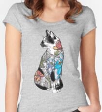 Katze in Lotus Tattoo Tailliertes Rundhals-Shirt