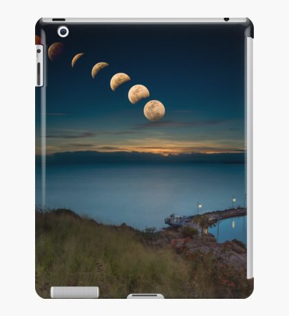 Lunar Eclipse Townsville iPad Case/Skin