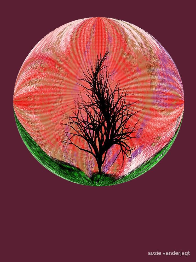 Round Lone Tree by suzie