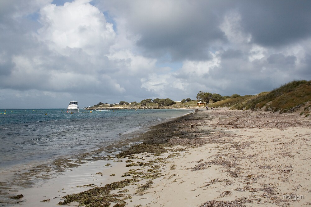 Looming weather on rottnest by norgan