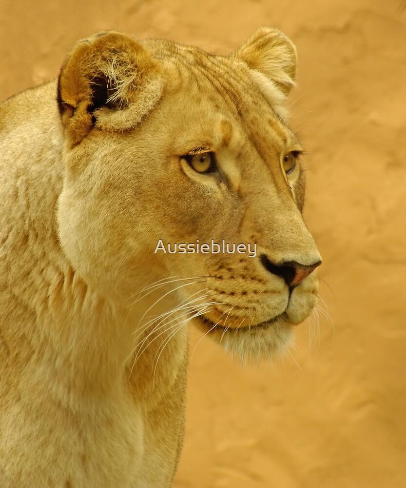 Golden Queen. by Aussiebluey