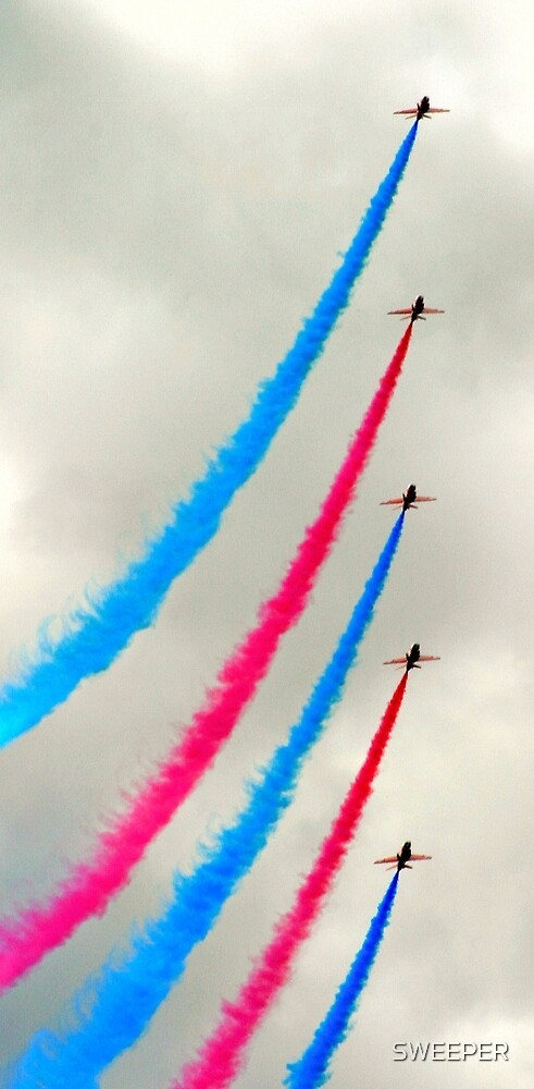 Red Arrows again by SWEEPER