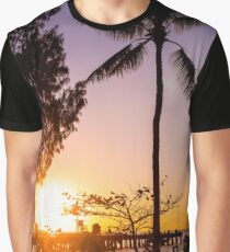 Sunrise stroll - Palm Cove Graphic T-Shirt
