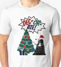 DEC-OR-ATE! Dalek Christmas Unisex T-Shirt
