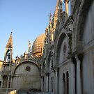 The roof line in St.Marks Square by Deeful