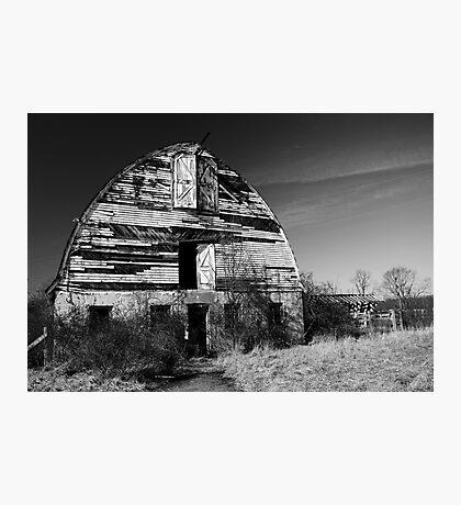 Nursery Barn that has seen better days  Photographic Print