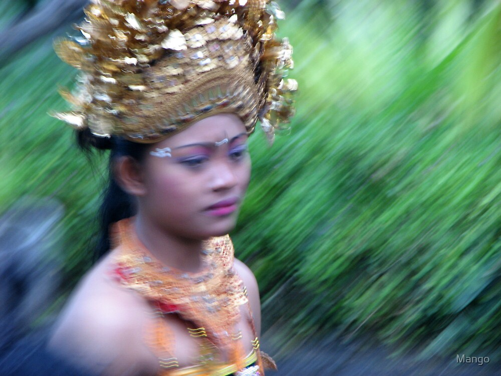Shimmery headdress by Mango