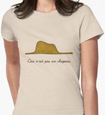 Un chapeau T-Shirt