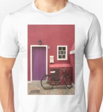 Street Scene with Bicycle, Italy T-Shirt