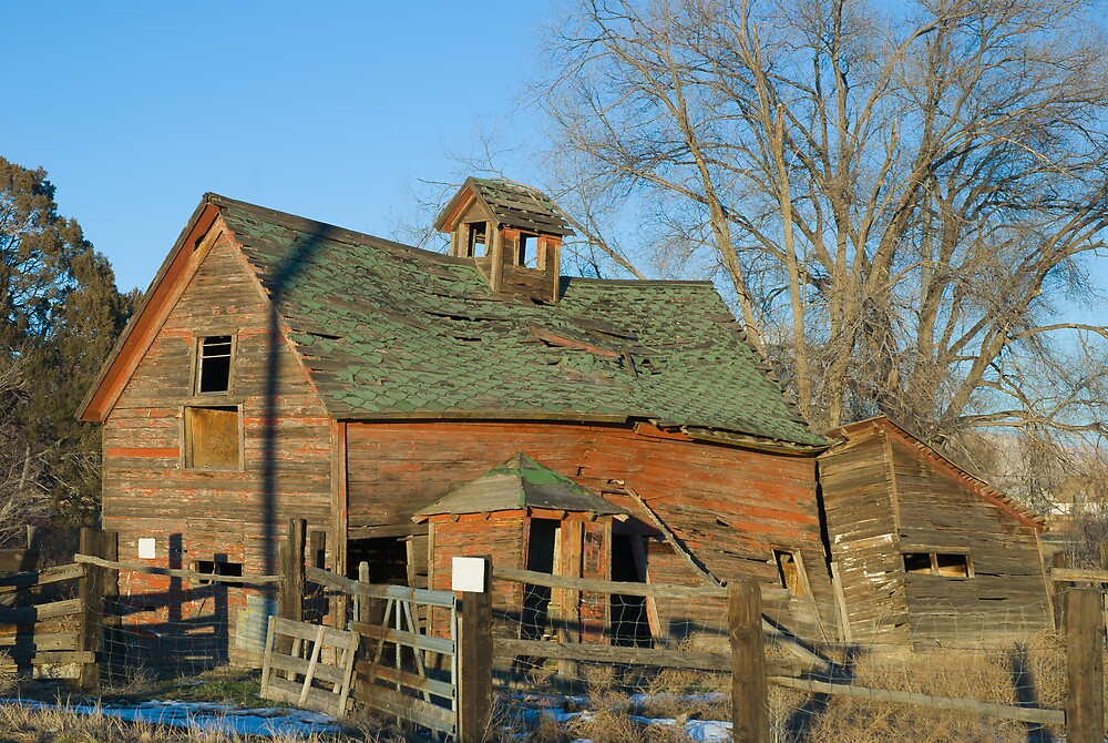 Old Barn in Late Winter by Linda J Armstrong