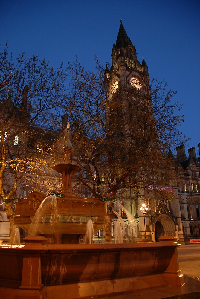 Manchester by Night by chriso