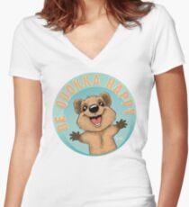 Sei Quokka glücklich Tailliertes T-Shirt mit V-Ausschnitt