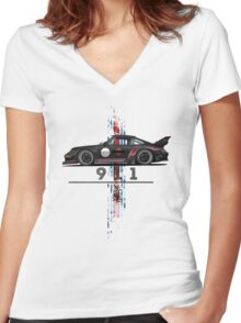vintage racing Women's Fitted V-Neck T-Shirt