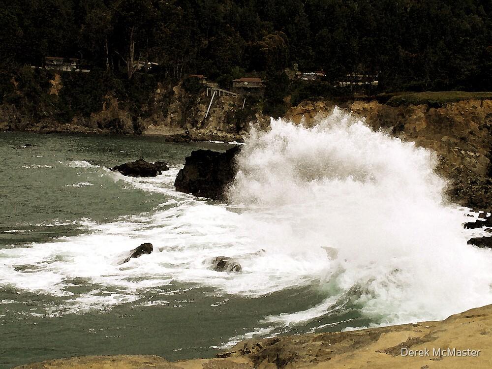 Ocean Waves by Derek McMaster