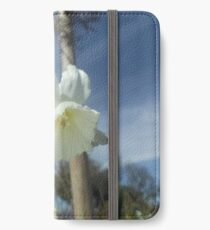 Photo of a Daffodil iPhone Wallet/Case/Skin