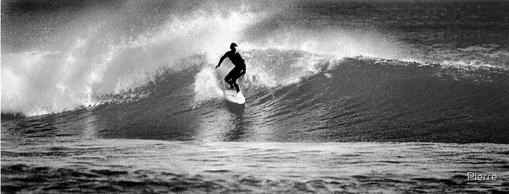 Surfer 01 by Pierre
