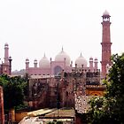 Badshahi Mosque and Lahore Fort by heinrich