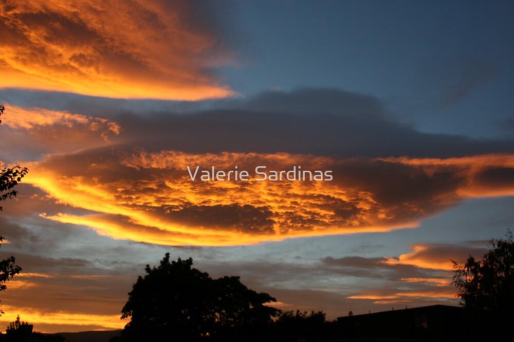 Relaxing Morning by Valerie Sardinas