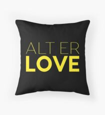 Everything is Love - Alt Er Love Throw Pillow