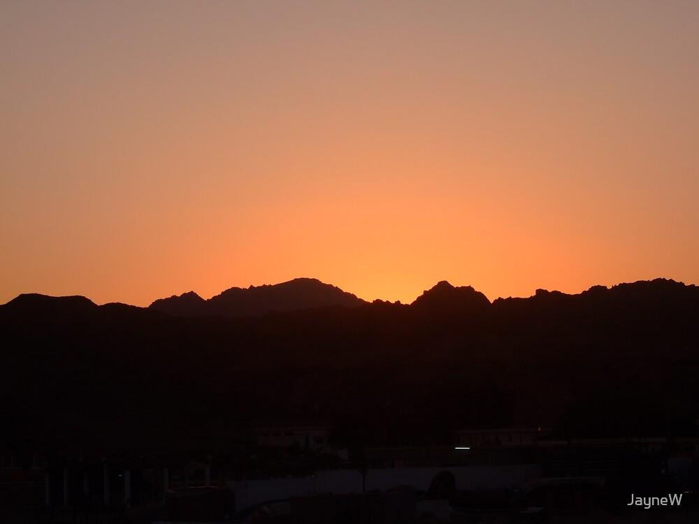 sun rise by JayneW