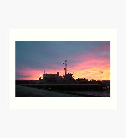 hmas yarra sunrise Art Print