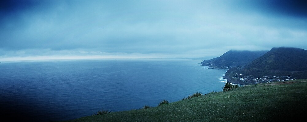 Stanwell Tops  by Nathan T