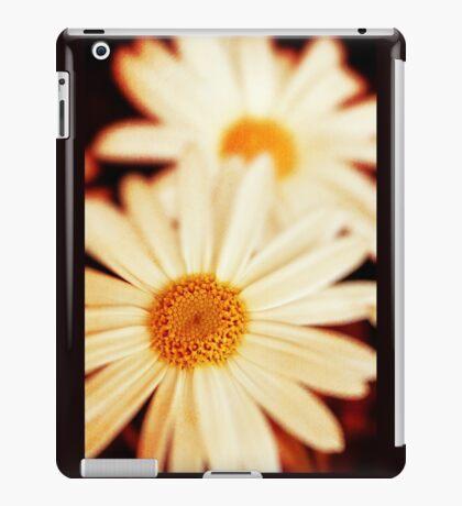 .:Daisies:. iPad Case/Skin
