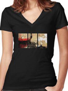 Metropolitan T-Shirt Women's Fitted V-Neck T-Shirt