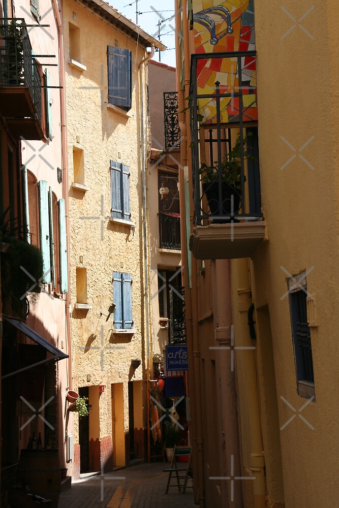 Collioure by Louise Green