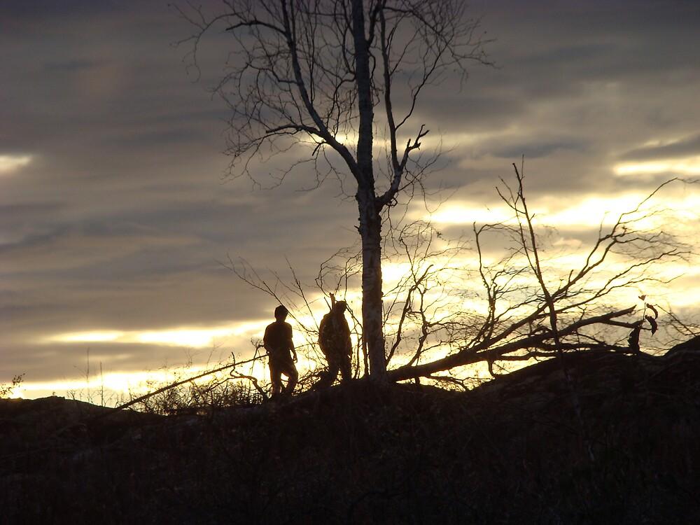 Misfits walking by Akfishingal