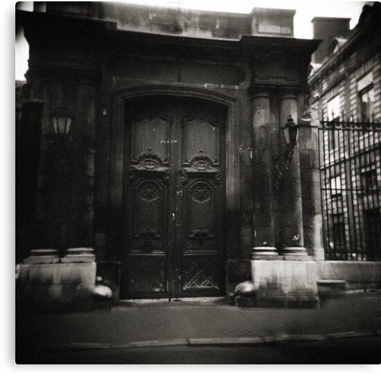 la porte Paris by VanessaHall