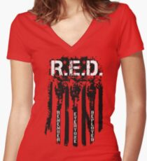 RED REMEMBER EVERYONE DEPLOYED Women's Fitted V-Neck T-Shirt