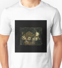 screaming corpse and Gold frame  Unisex T-Shirt