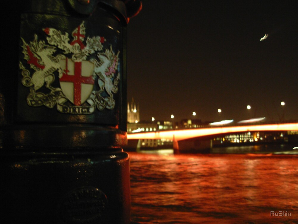 Thames Ebb and Flow by RoShin