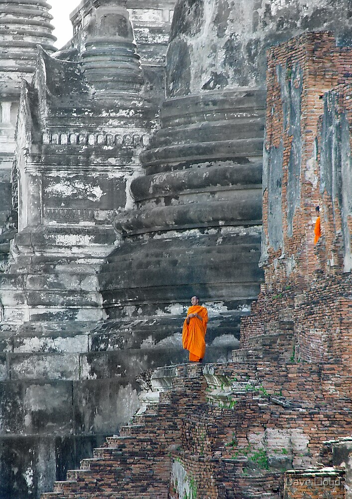 Monks And Giant Chedi's by Dave Lloyd