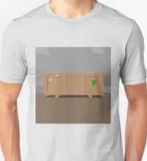 0029 Table crate with green sticker T-Shirt