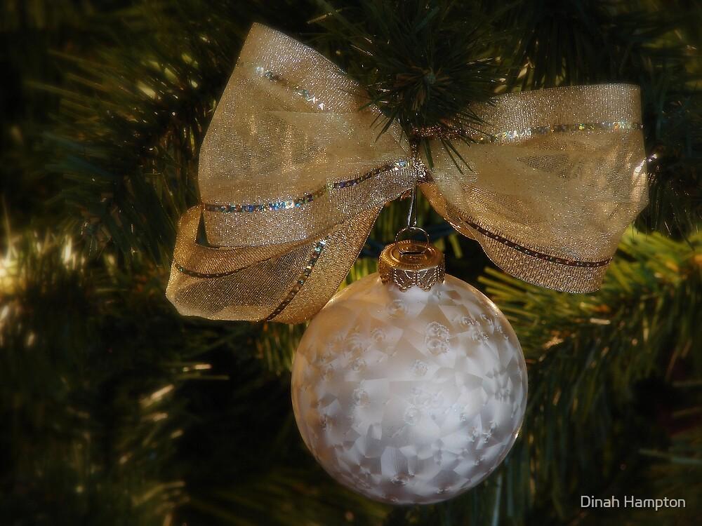 Christmas Bulb by Dinah Hampton