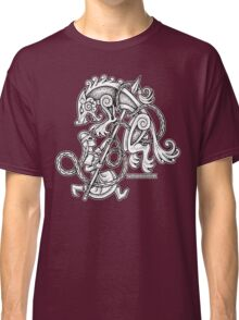Shieldmaiden Huntress Classic T-Shirt