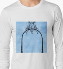 VINTAGE STYLE Long Sleeve T-Shirt